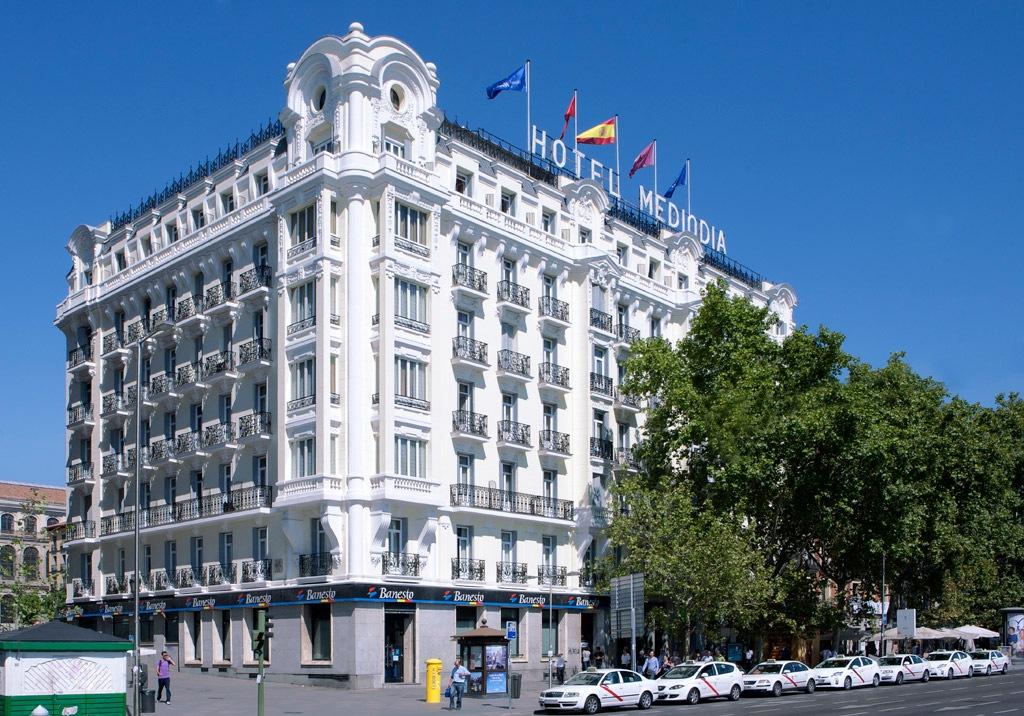 Mediodía Hotel